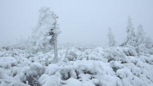 W górach zima na całego. Jest niebezpiecznie