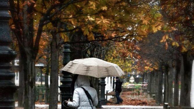 Prognoza pogody na dziś: ulewy, porywisty wiatr, a w górach śnieg