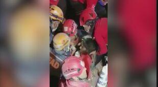14-latka została uratowana po tym, jak spędziła w zawalonym budynku 58 godzin